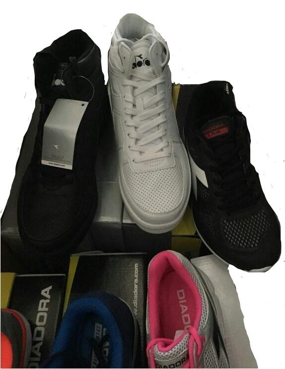 stock scarpe Uomo e Donna DIADORA | Italian Stock