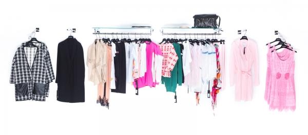 Stock abbigliamento donna firmato Pinko P/E