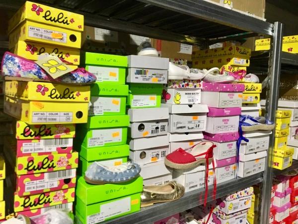 Stock scarpe Bmbino/a primavera/estate basso prezzo