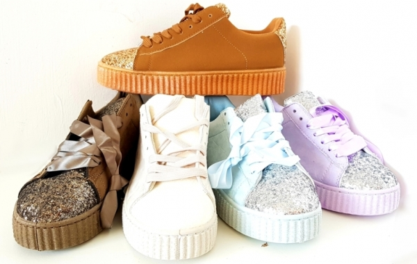 Stock Sneakers Gomma Alta