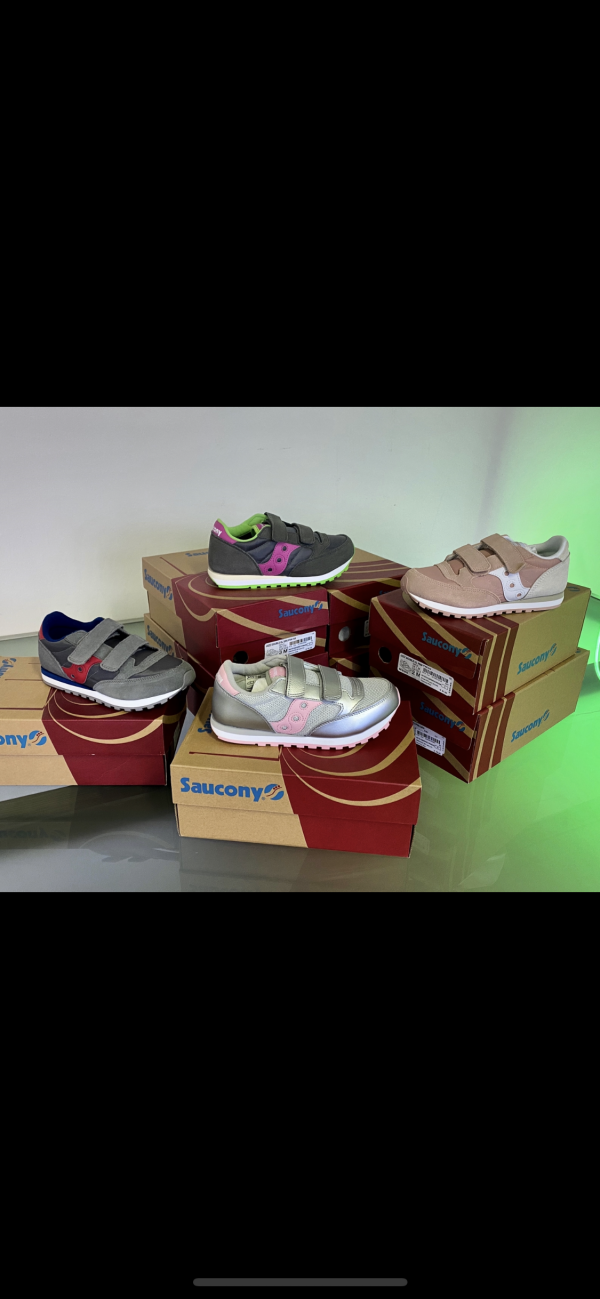 Stock calzature estive firmatissime