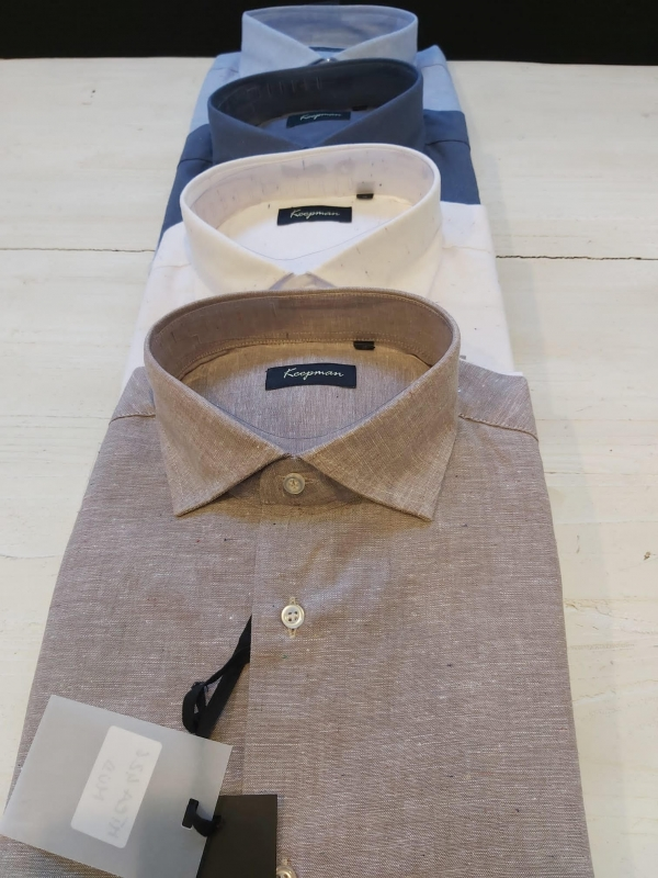 camicia lino uomo stock