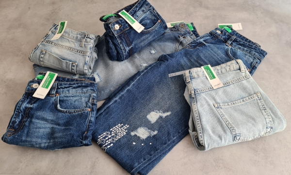 stock Jeans Benetton